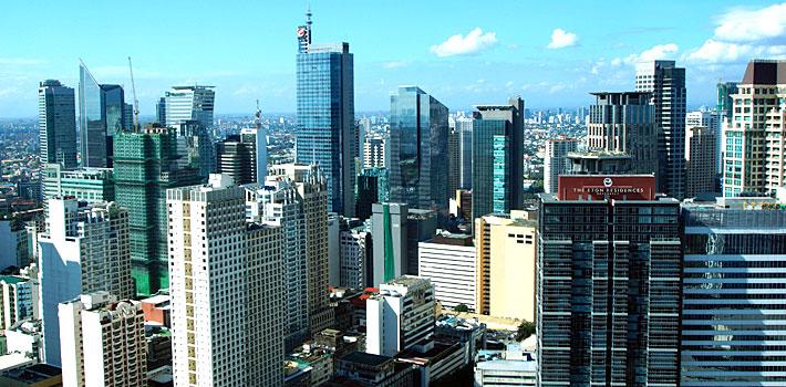 マカティCBDの高層ビル群の写真